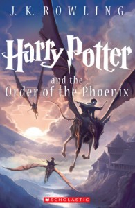 harry potter order of the phoenix kazu kibuishi cover 195x300 8 cover design secrets publishers use to manipulate readers into buying books
